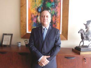 Mario Rafael Ayala, director ejecutivo de Corporación Farmayala